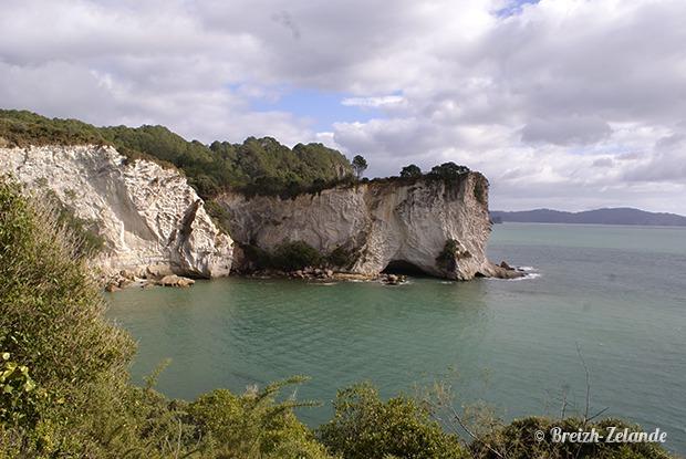 Crique à Cathedral Cove