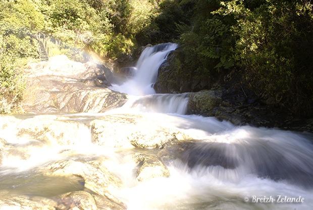 Kaiate-Falls-Cascade