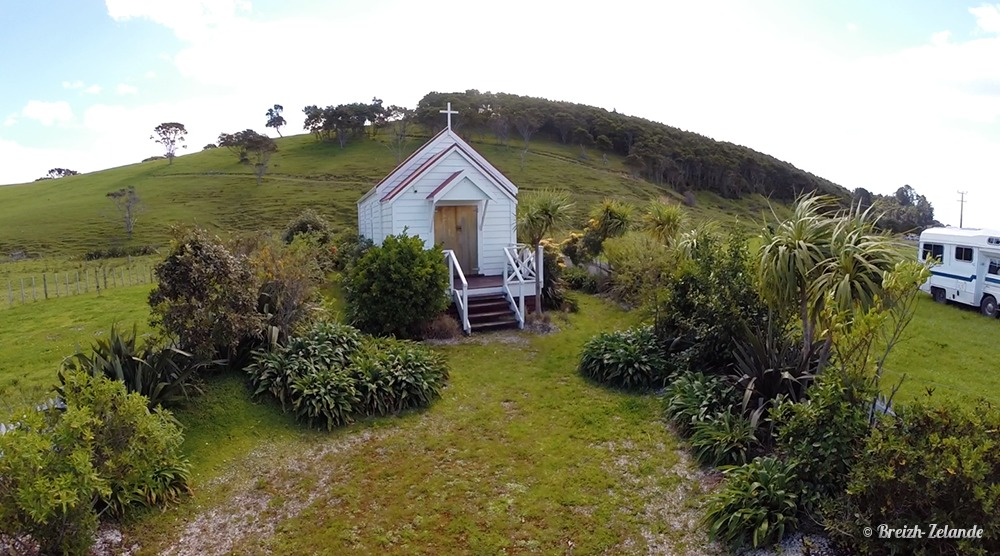 Eglise-Marae-helpx